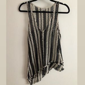 ZARA W/B COLLECTION SMALL IVORY BLACK KNIT TOP